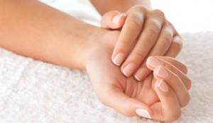 Çfarë tregojnë duart për organizmin?