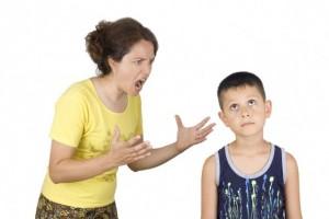 Fjalët fyese mund të shkatërrojnë neuronet tek fëmijët