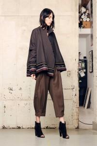 Pantallonat e gjera në trend