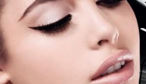 Si ta bëni 'eyelinerin' perfekt